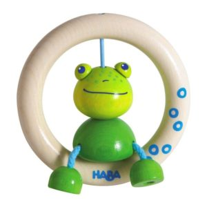 hochet-anneau-bois-haba-petite-grenouille-